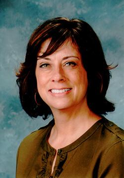 Julie Longoria headshot
