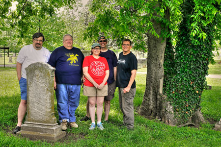 Middle Tennessee Mensa help clean up the Nashville City Cemetery