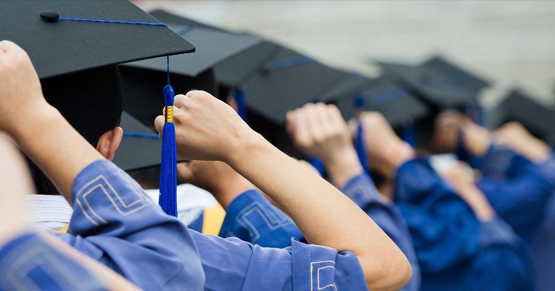 Essay Judges Needed for Foundation Scholarship Program